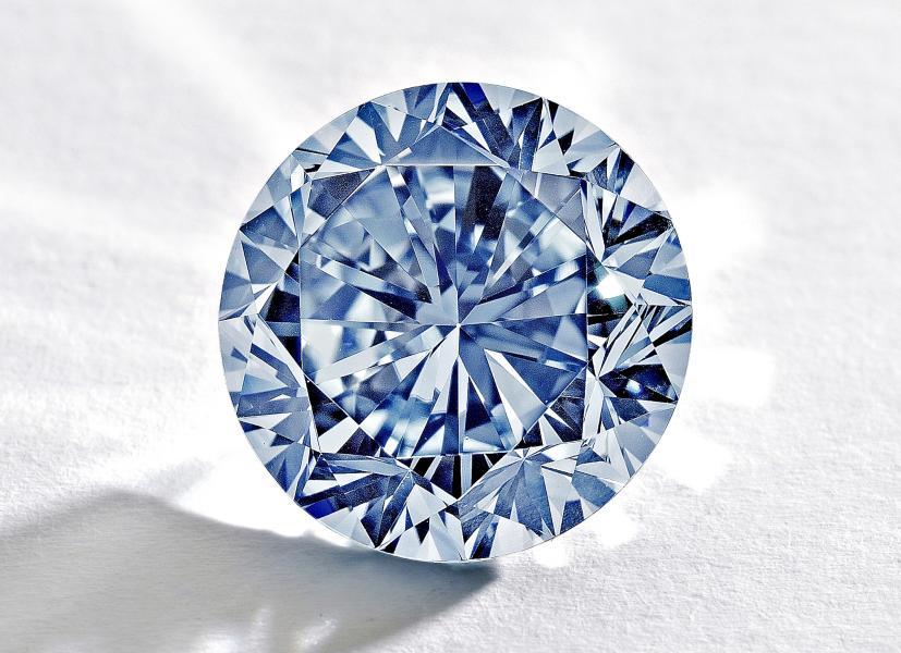 How to Assess Business Card Quality Like a Diamond
