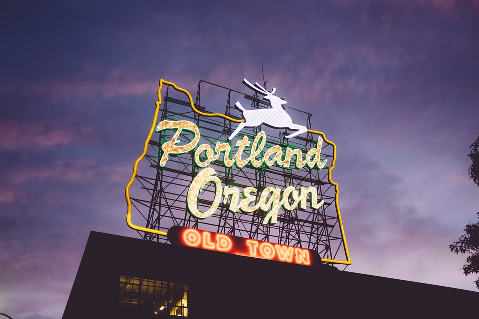 Why Choosing a Local Portland Digital Printer Makes Sense